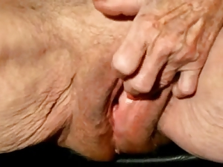Free HD Granny Tube Clit
